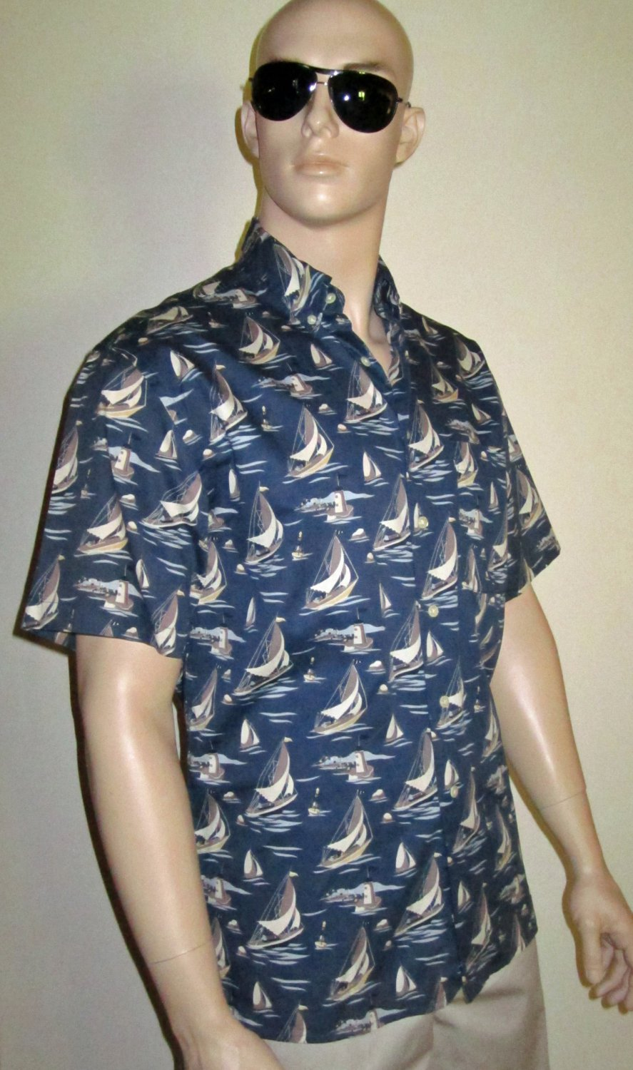 Eddie Bauer Cotton Blue Short Sleeve Hawaiian Nautical Sailing Shirt Small  9647