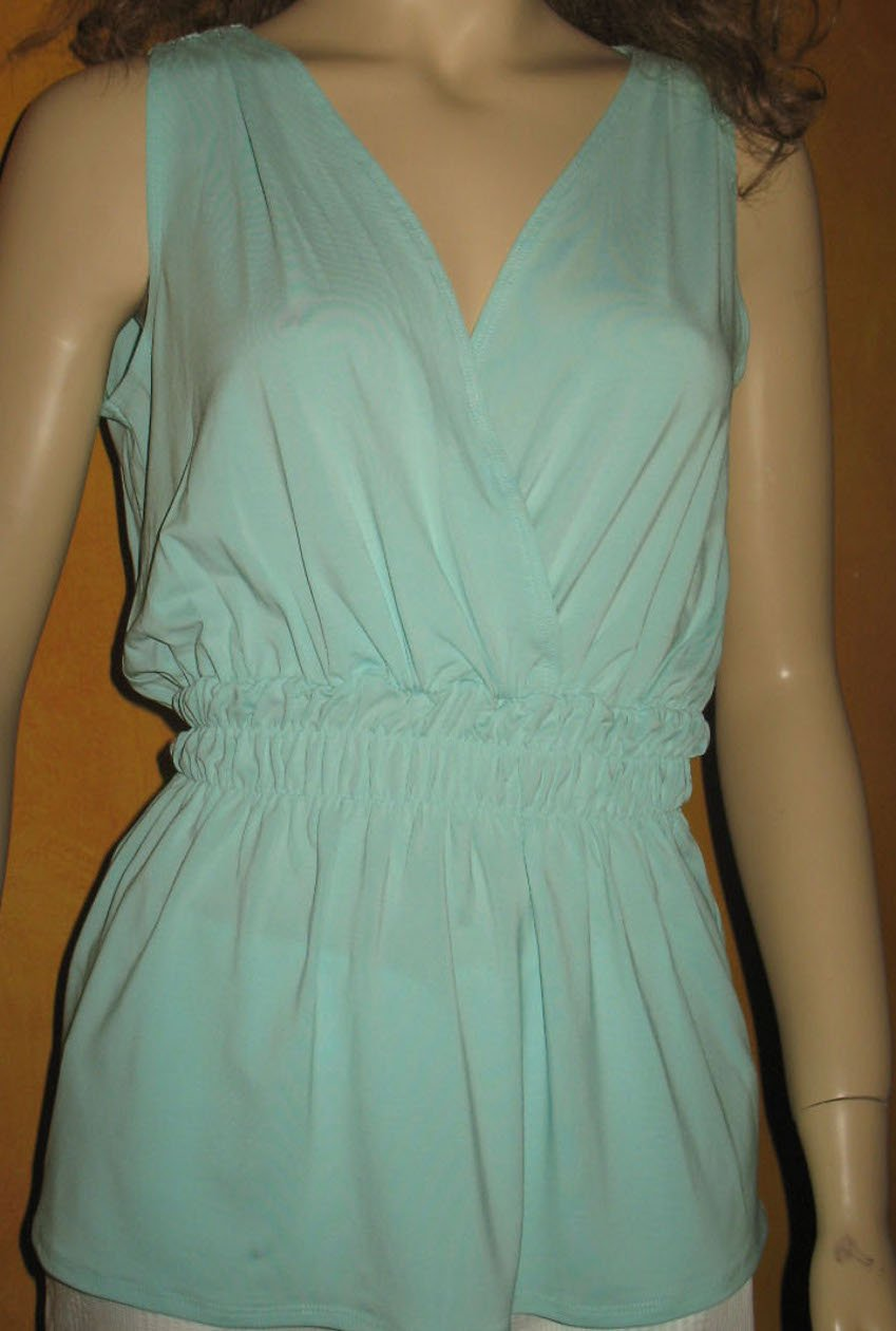 Victoria's Secret $39 Mint Green Tunic Length Top Small  184379