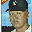 1966 Topps #68 Hal Reniff Yankees Baseball Cards Card