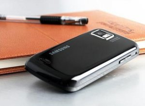 SAMSUNG Unlocked i8000 Omnia II 8GB 3G GPS WIFI TV 5MP Cell Phone