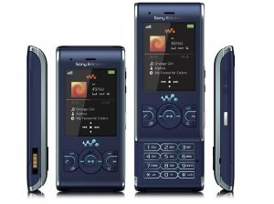 UNLOCKED SONY ERICSSON  W595 3MP  CELL PHONE--Black,Blue,Pink