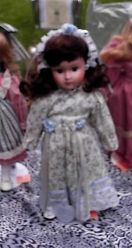 "Pretty Porcelain Doll Precious Moments Applause 15"" w/Stand Brown Hair Blue Eyes"