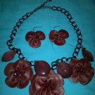 Red leather flowers necklace