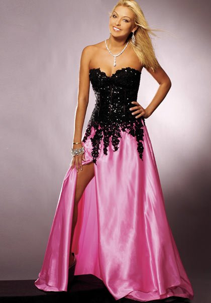 2011  Gorgeous  Appliqued  lace  sweatheart  prom   dress