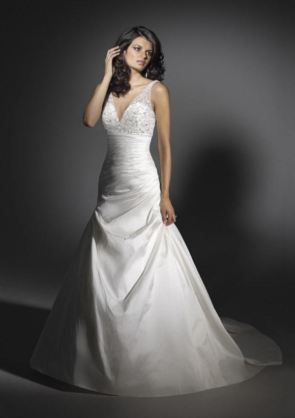 V  Neck  Embroidered  Lace   A-line wedding dress