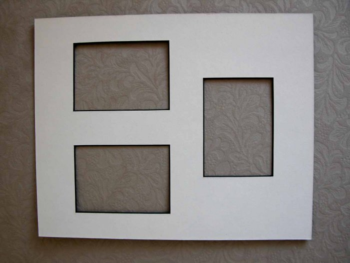 White w/Black Core 8x10 Mat w/3 openings 2.5 x3.5 ACEO