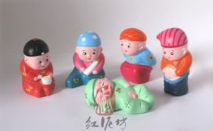 Hand Painted Clay Doll k66002