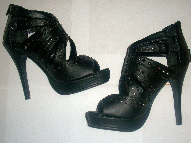 Womens 7.5 Bonnibel Sandals