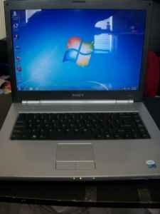 SONY VAIO N365E WINDOWS7 100GB 1GB RAM