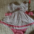 Adorable 2-piece girl's dress outfit and blanket. 3-6 months