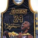 Kobe Bryant Custom Tribut T-Shirt / The Perfect Gift for the Kobe Bryant Fan