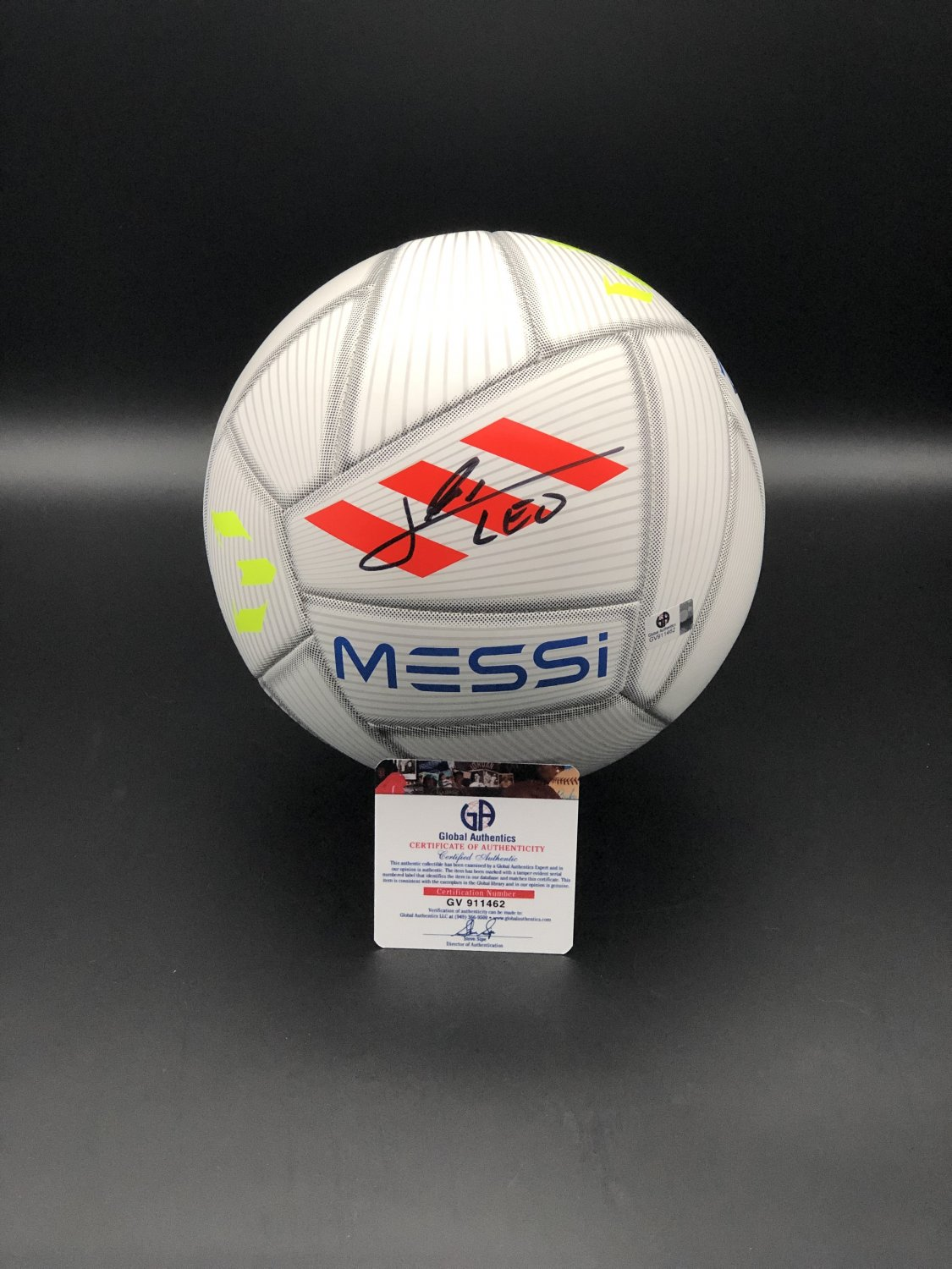 Lionel Messi FC Barcelona Autographed Soccer Ball