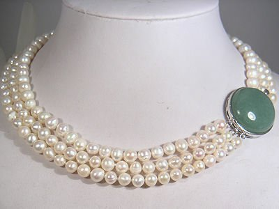 TRIPLE STRAND PEARL NECKLACE WITH JADE CLASP