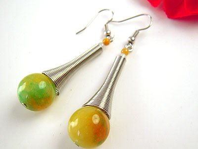 TEAR DROP TWO TONED GLASS BEAD EARRINGS WITH SILVER SPIRAL