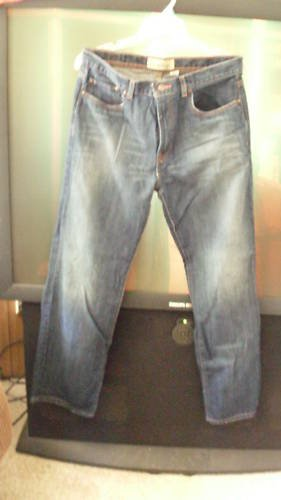 NWOT OLD NAVY STRAIGHT CUT BLUE JEANS W/DISTRESS 34/34