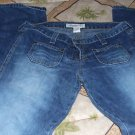 LADIES ABERCROMB.... JEANS SIZE 4
