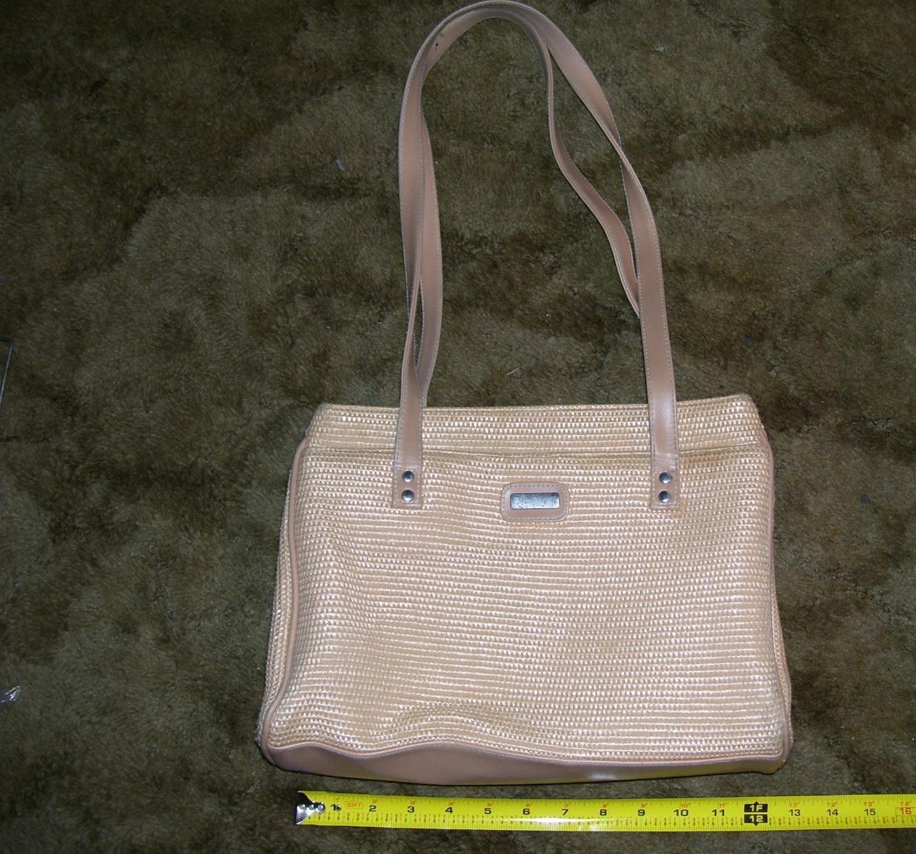 Vintage Beige Handbag / Shoulder bag