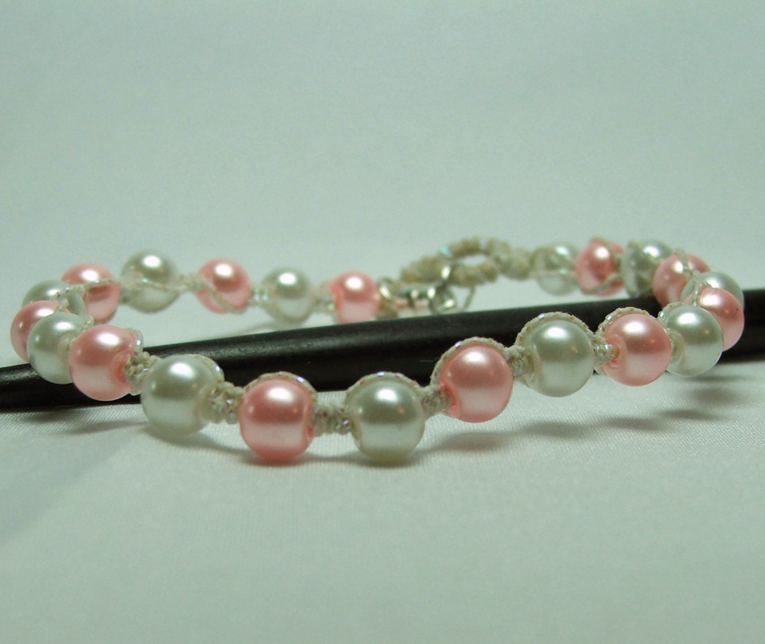 Pink and White Pearl Macrame Bracelet