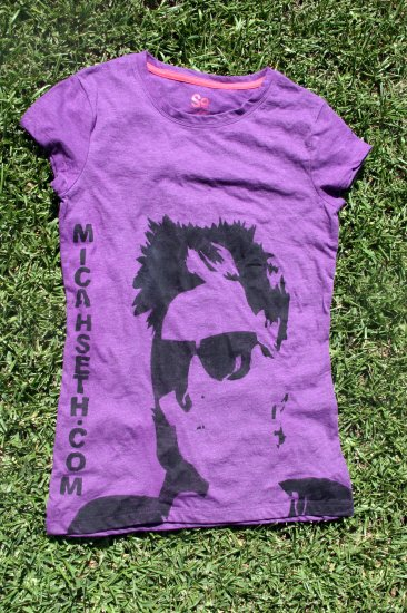 Gals Shirt Large Purple 3 available