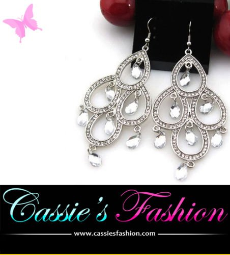 Cassie's Fashion Jewellery/ Chandelier Earring