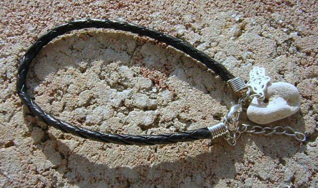 Amulet Wicca Holy Holey HOLE Stone Black Bracelet Hamsa