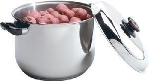 New - HealthSmart 9 Element 16 Qt. Waterless Stock Pot with Steam Ventilation Knob