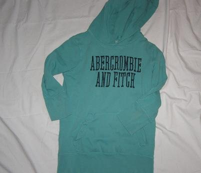 Abercrombie and Fitch 3/4 pullover sweatshirt