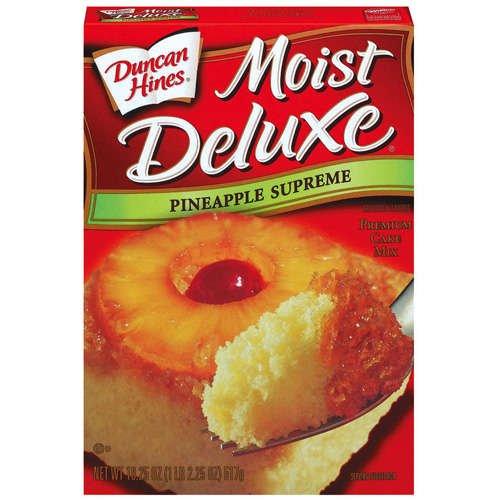 Duncan Hines Moist Deluxe Dark Chocolate Fudge