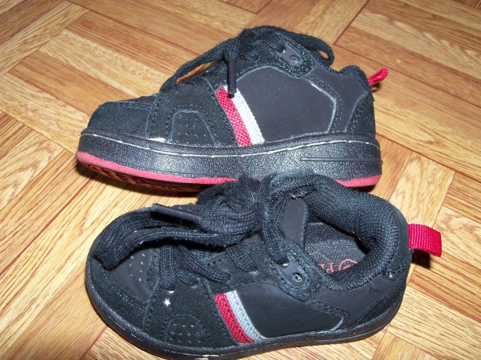 The Childrens Place Sneakers (Red and Black) Size 6