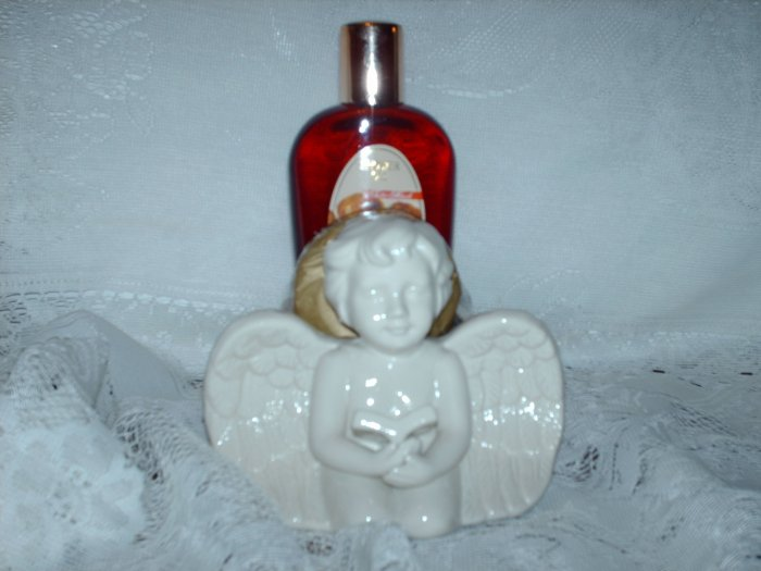 Small Angel Bath Set in White Musk