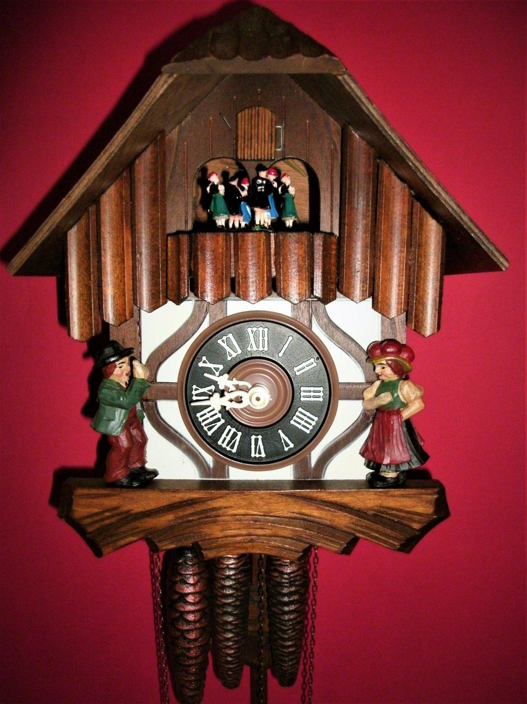 Vintage Classic Musical Schneider & Sohne Cuckoo clock #82