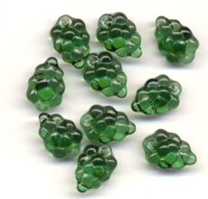 GREEN GRAPE CLUSTER GLASS CZECH BEADS Lovely Color