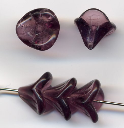 Amethyst 3 Petal Glass Flower Beads Czech 15 Pcs