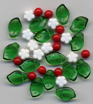 Christmas Leaves w Winter Holly Berry Czech Bead Mix