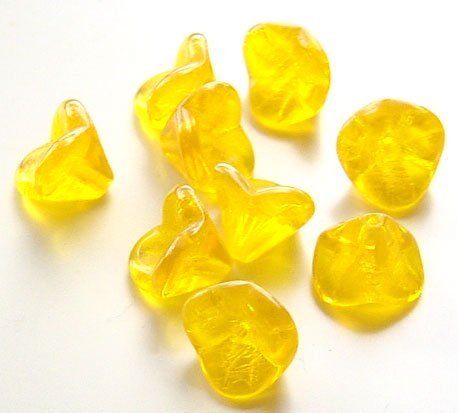 Daffodil Yellow 3 Petal Fluted Bell Flower Glass Beads