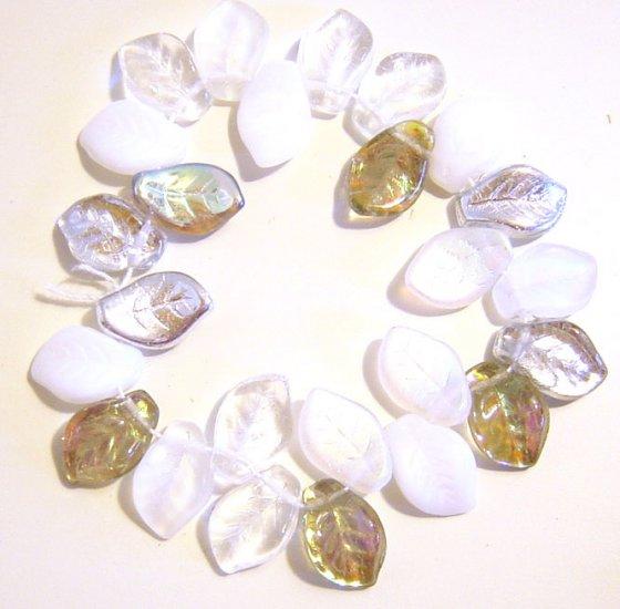 White Crystal Garden Wedding Leaf Bead Mix Glass 25 Pcs