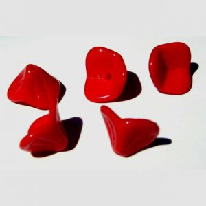 3 petal Red Opaque Flower Beads Lily Trumpet Valentine's Day