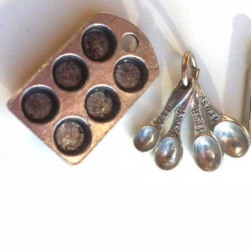 Muffin Pan Measuring Spoons Kitchen Charms Silver Mini