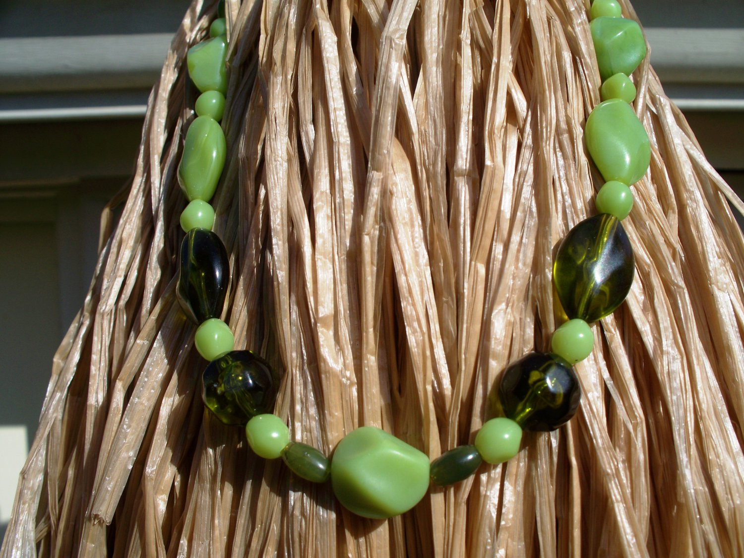 3 tone Green necklace