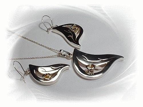 Artisian Handcrafted Designer Sterling Silver Leaf Pendant and Earring Set With Gold Deco