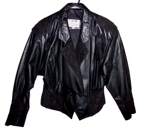 Very Nice Womens Size Large Black Leather by Wilsons 100% Genuine Leather Jacket