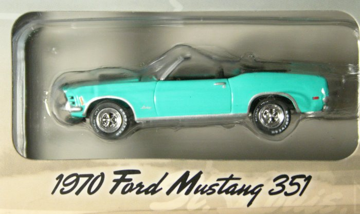 GreenLight Route 66 1970 Ford Mustang 351