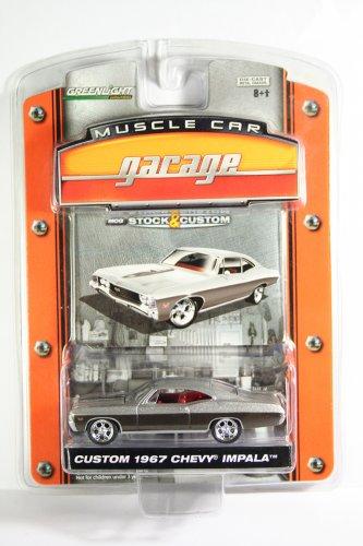 GreenLight Custom 1967 Chevy Impala SS 427 Muscle Car Garage Stock & Custom Series 1
