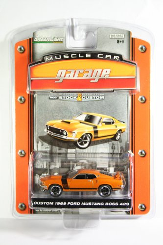 GreenLight Custom 1969 Ford Mustang Boss 429 Muscle Car Garage Series 1