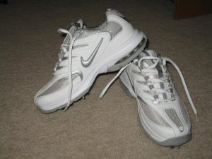 BRAND NEW Nike Air Max women's golf shoes 7M