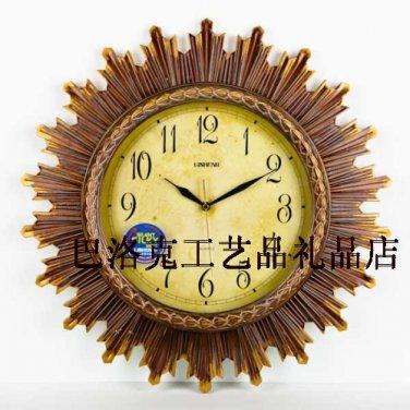 "19"" Retro Style Polyresin Wall Clock"