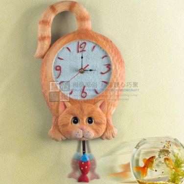 Cat Theme Polyresin Wall Clock with Pendulum