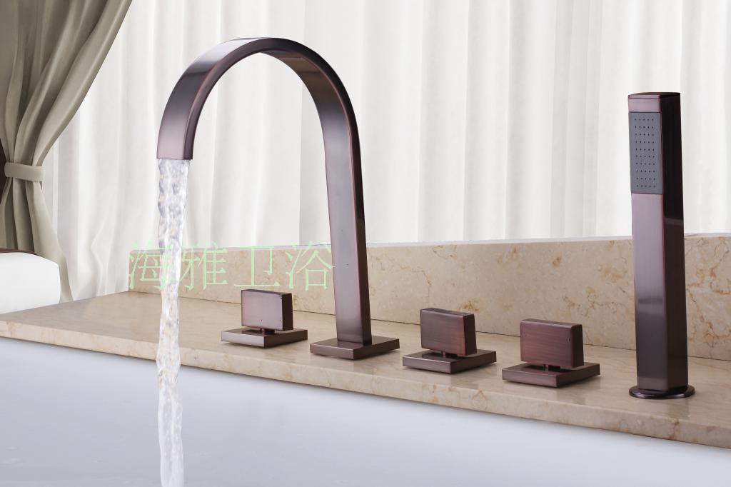 NEW**deck mount tub Faucet with hand shower ORB finish 1083