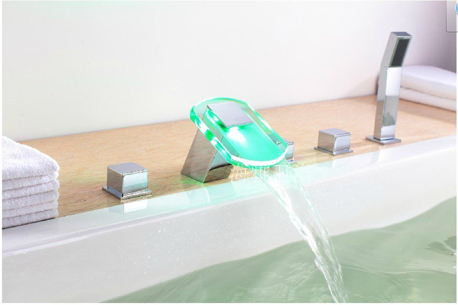 NEW**deck mount LED rainfall tub Faucet with hand shower chrome finish HG1122