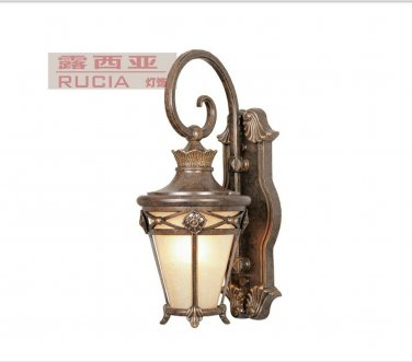 60W Antique Inspired outdoor Wall Light
